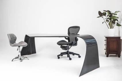 Matthew-Nunn-The-Vulcan-Carbon-Fibre-Desk