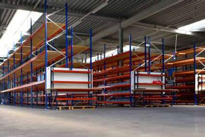 EU Warehouse Packing Stations