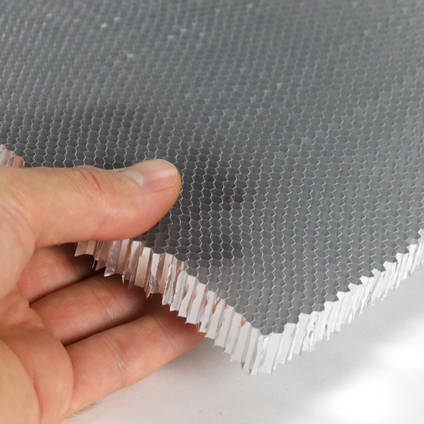"3.2mm (1/8"") Cell Aluminium Honeycomb in Hand"