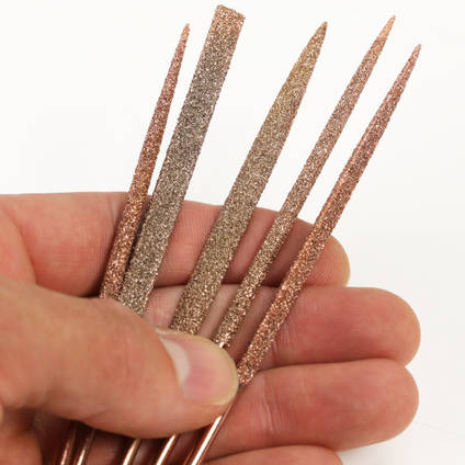 Perma-Grit Set of 5 Needle Files Including Handle in Hand